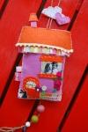 Casetta di stoffa e feltro stile INTRES